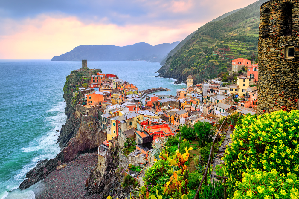 Picture overlooking the newly formed sandy beach in Vernazza