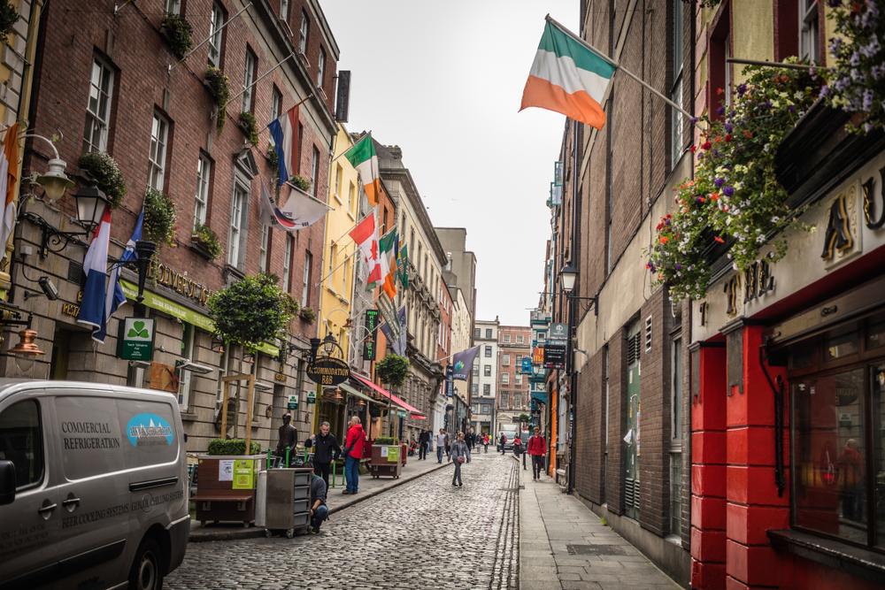 A narrow side street in Dublin.
