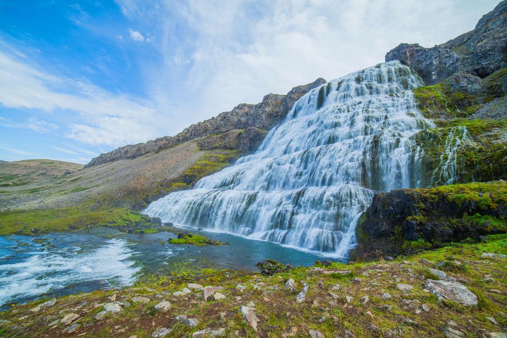 An impressive Iceland waterfall that looks like a veil on the hillside