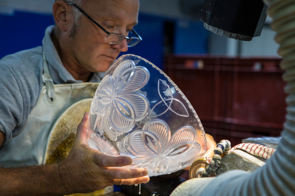 See these amazing craftsman create the famous Waterford crystal