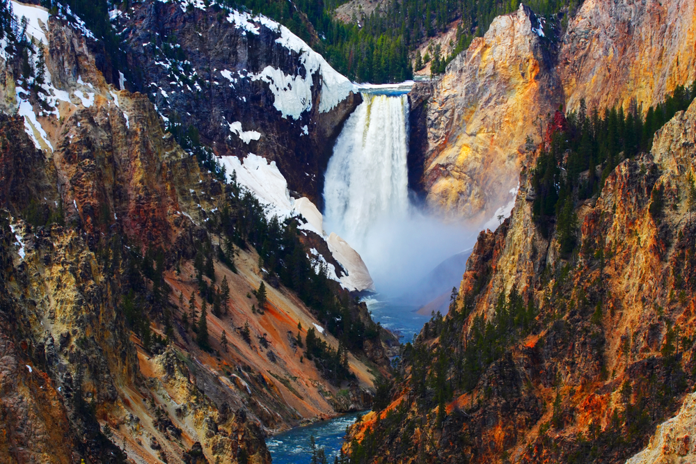 Photo of Artist Point, a beautiful stop on your Yellowstone Road Trip.