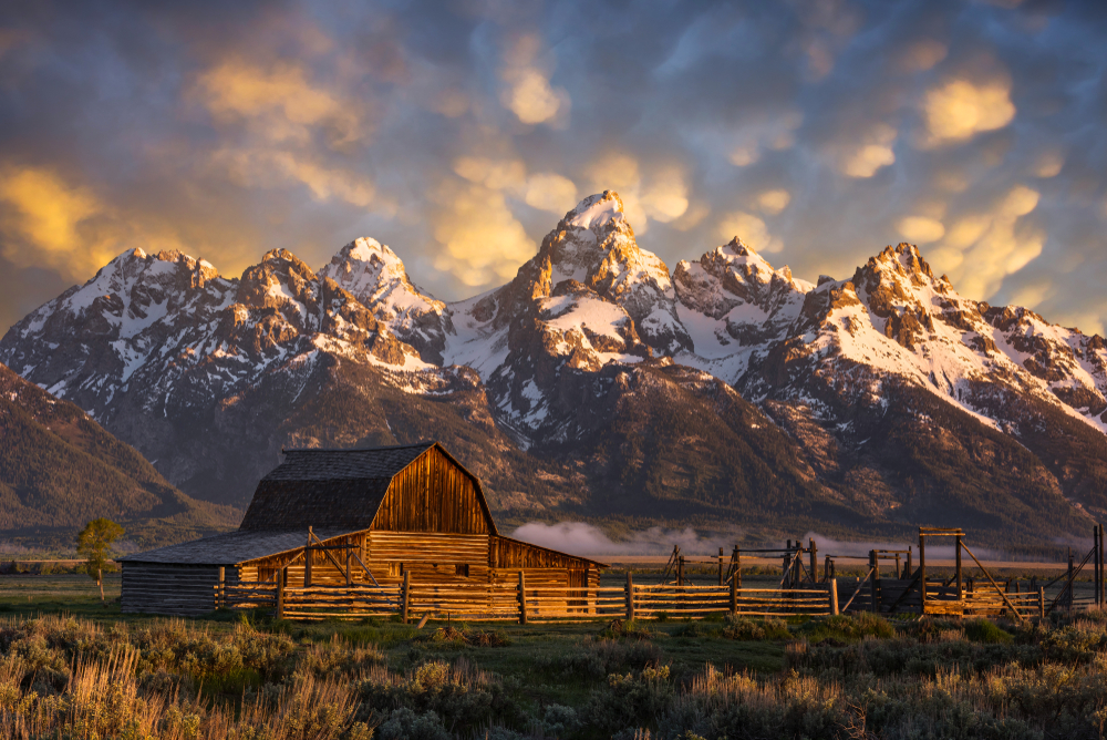 Photo of old barn in Grand Teton National Park.