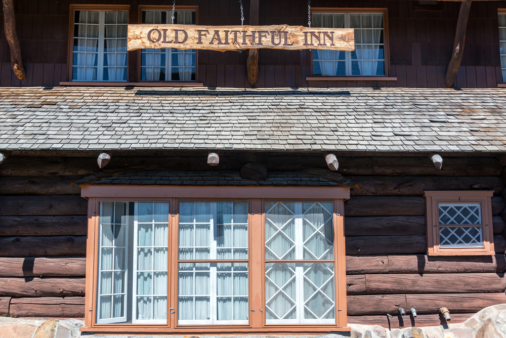 Photo of Old Faithful Inn, a fun place to visit and stay at during your Yellowstone road trip.