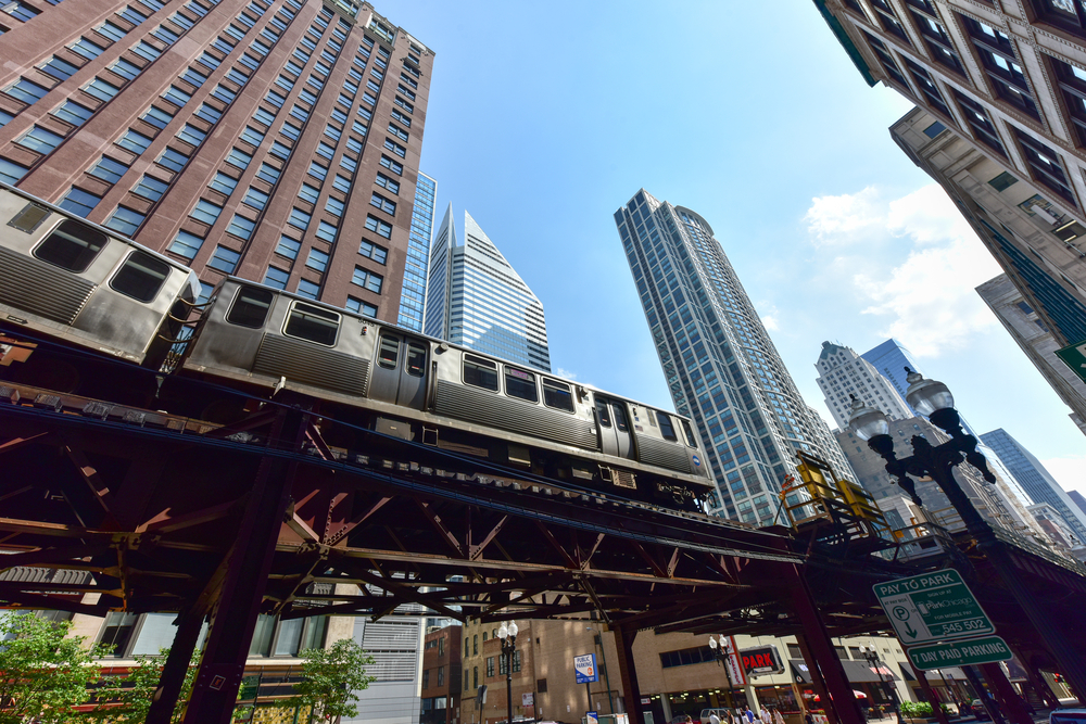 "The""L"" is a great way to get around on your 2 days in Chicago"
