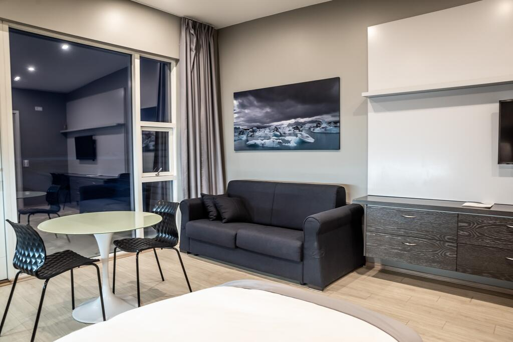 Photo of an apartment suite at Black Beach Suites located in Vik Iceland. One of the most beautiful hotels in Vik.