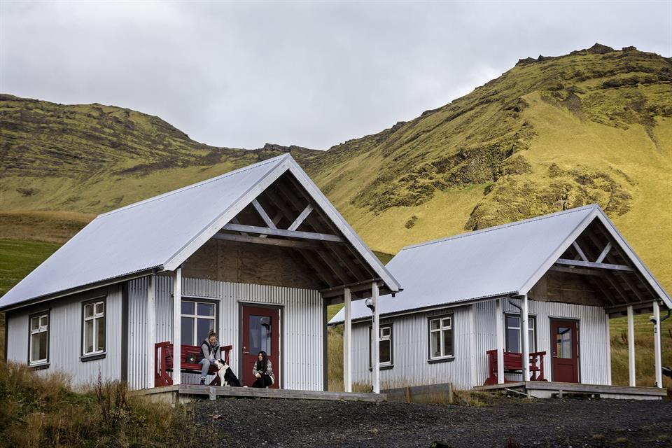 Photo of two cabins at Norour Vik located in Vik Iceland. One of the coziest hotels in Vik.
