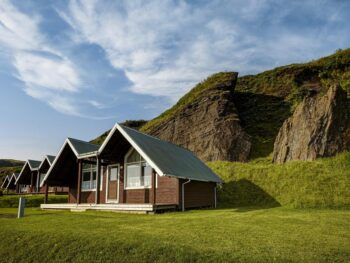 Photo of a few cottages at Vik Cottages located in Vik Iceland. One of the more private hotels in Vik.