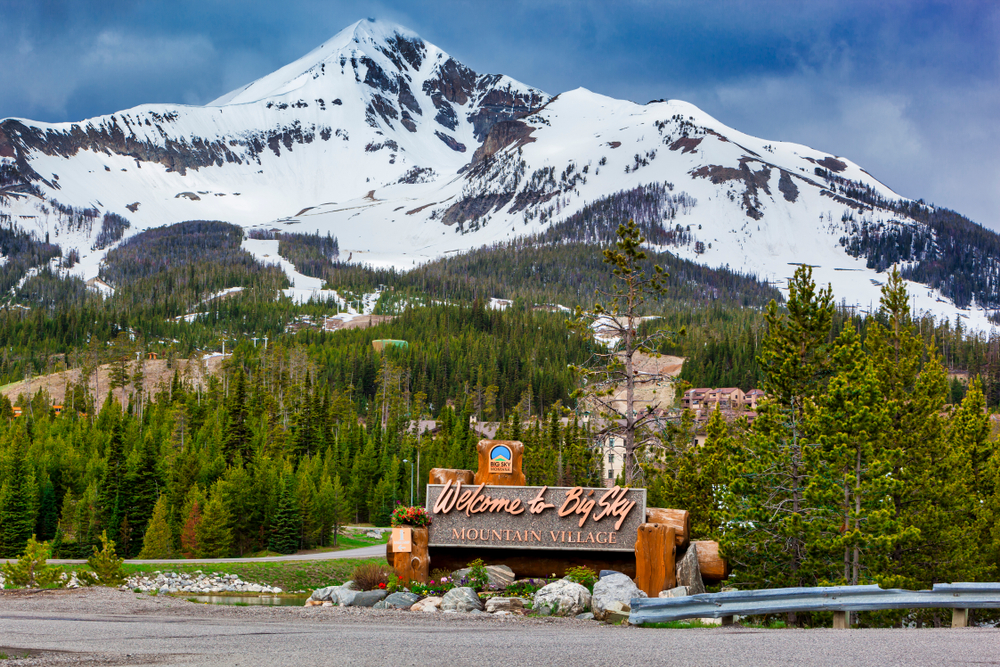 Photo of the entrance to Big Sky Mountain Village.