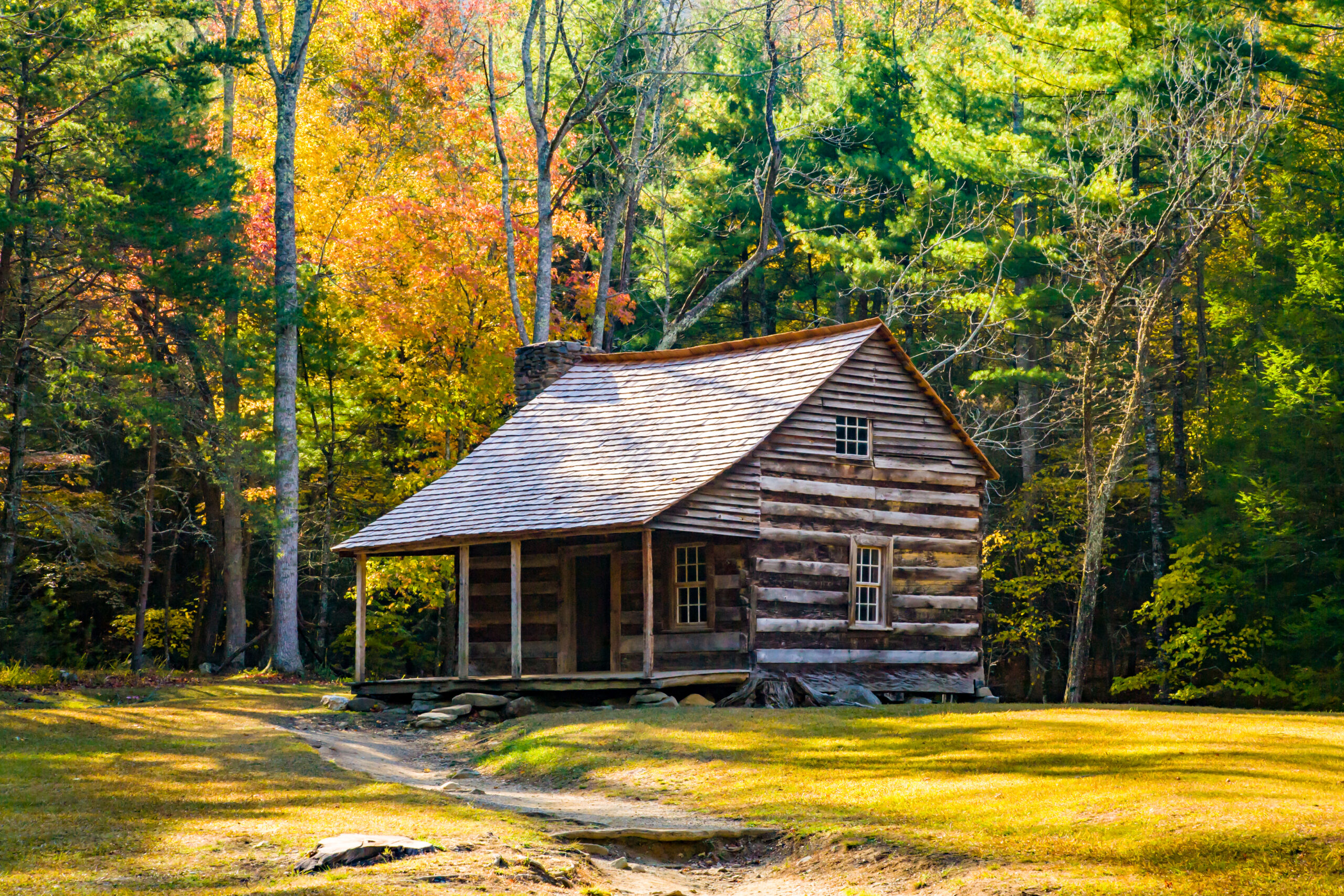 Photo of an old log cabin in Cades Cove which is located in the Great Smoky Mountains National Park