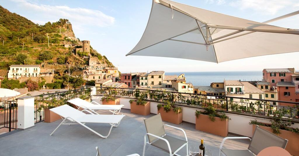 The views make The Sunset Suite one of the prettiest luxury hotels in Cinque Terre
