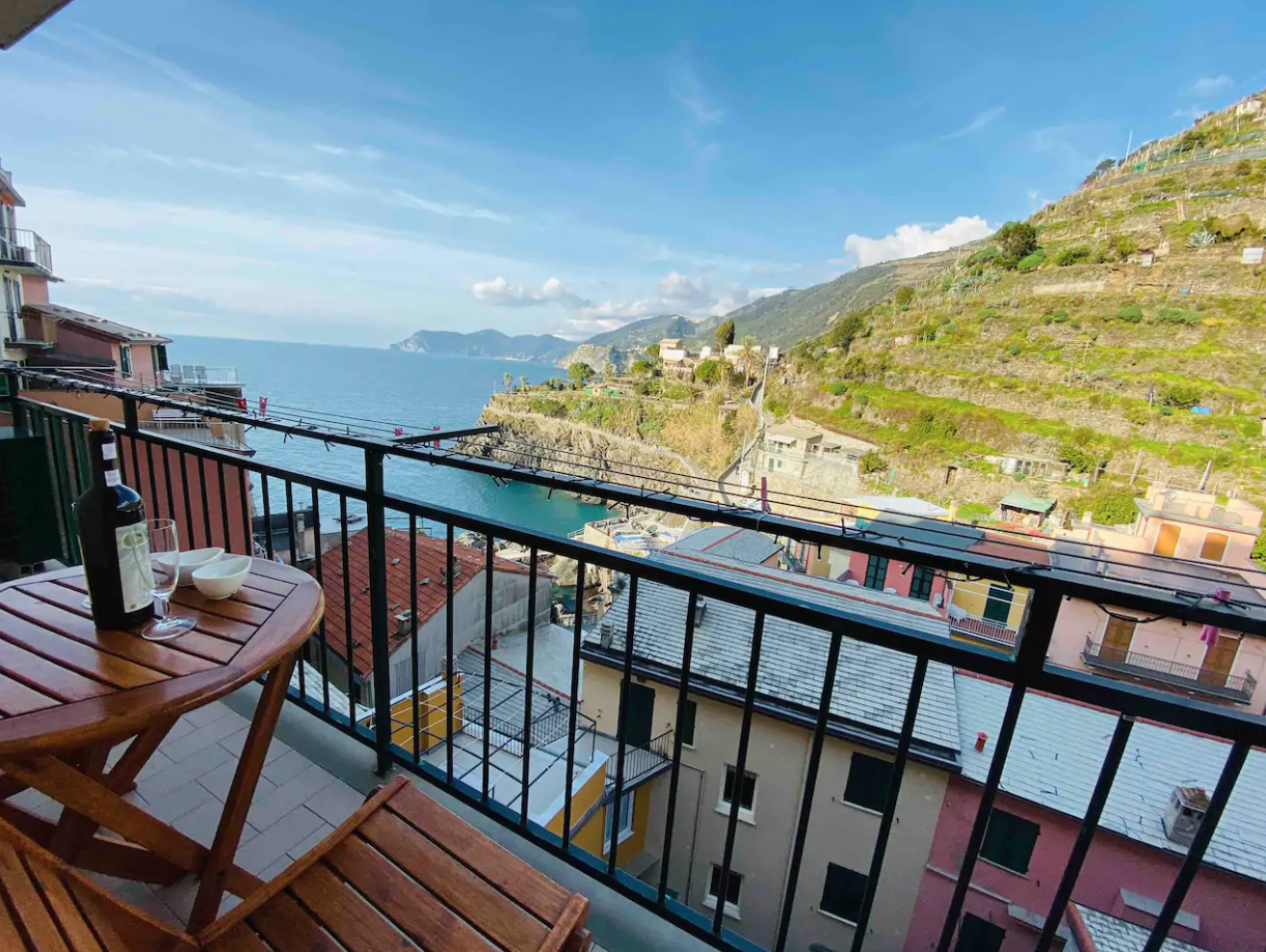 Ivory House an airbnb with a view in cinque terre