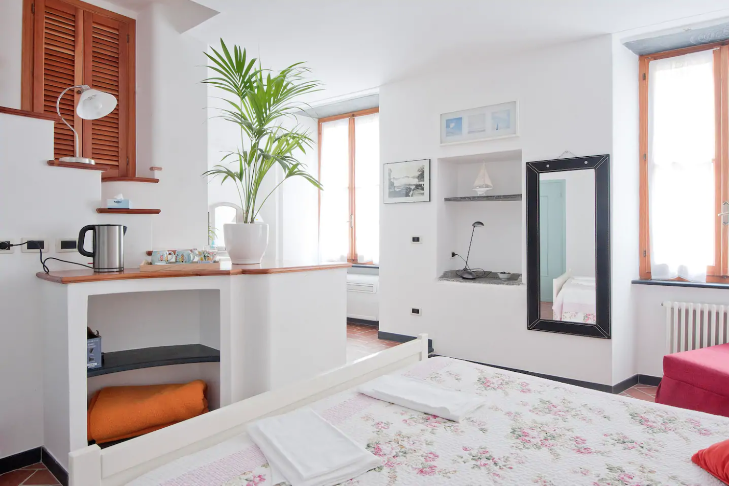 Light and airy apartment in Vernazza, Cinque Terre