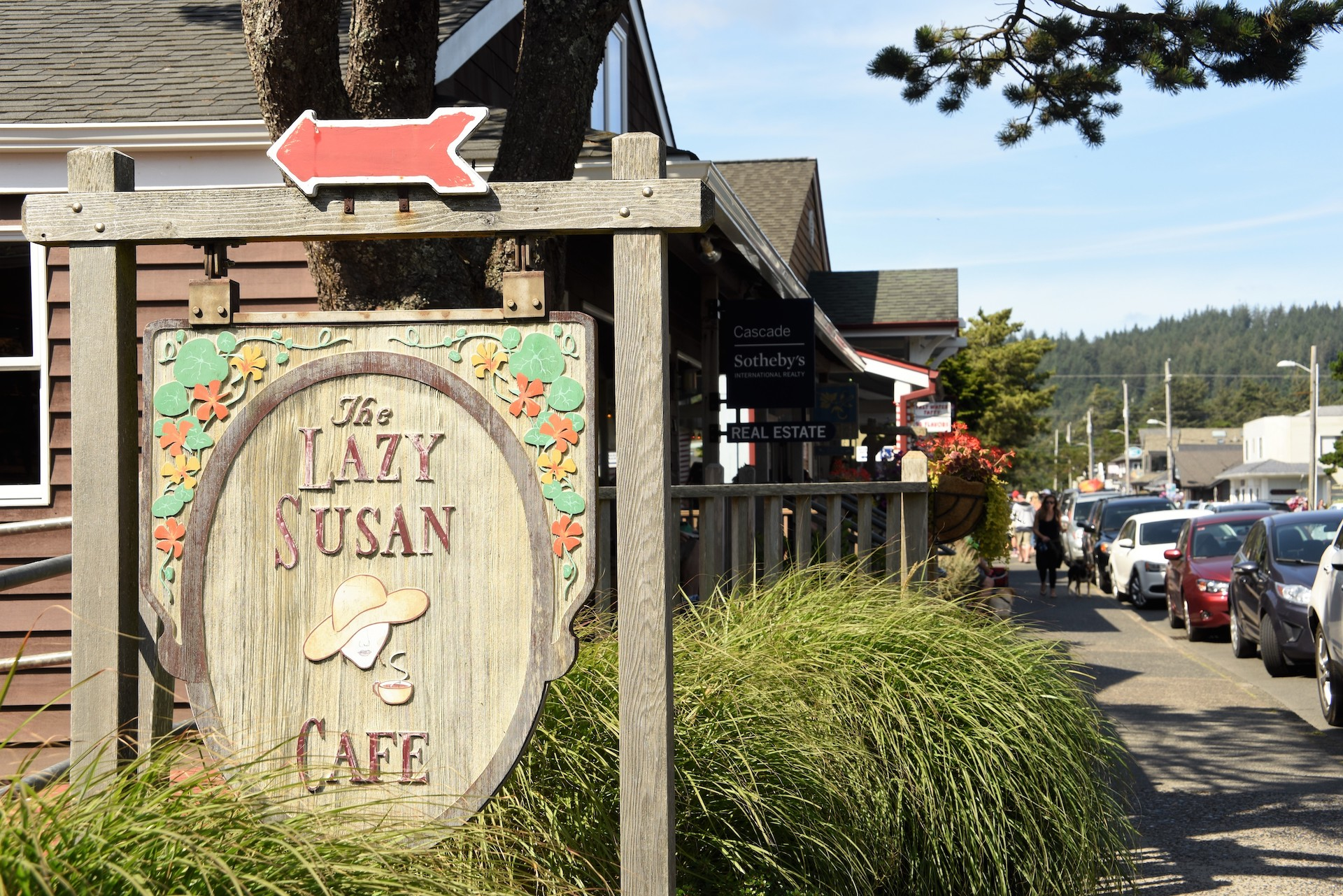 exterior of little wooden cafe in Cannon Beach small towns in America