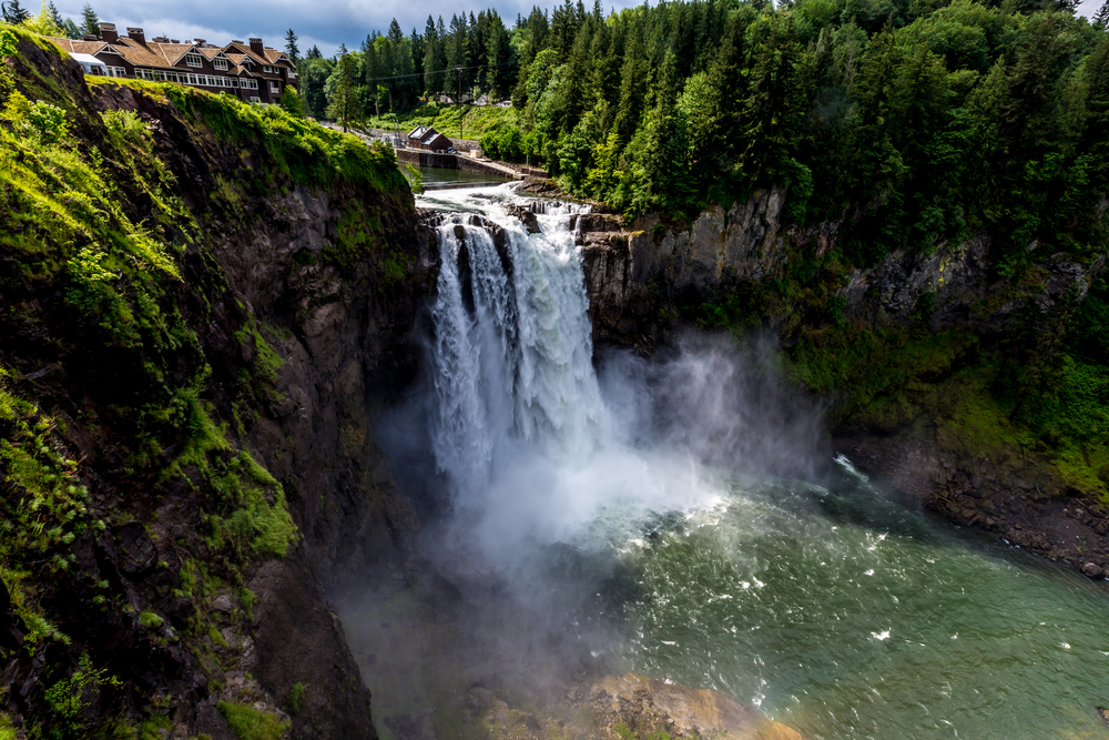 Seeing the Snoqualmie Falls is one of the best things to do in Washington State