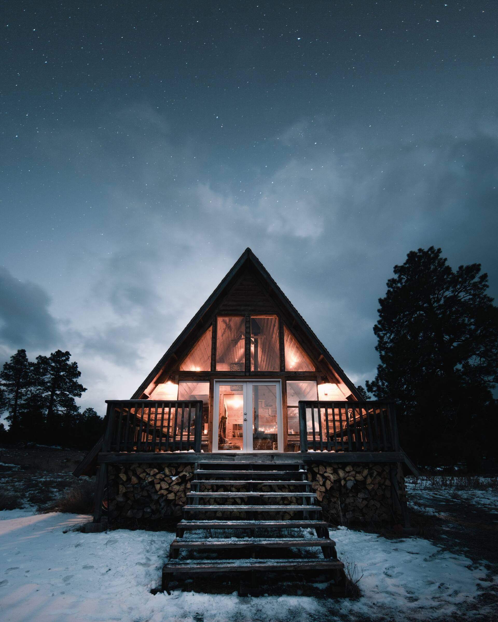 Flagstaff A-frame mountain view cabin Airbnb in Arizona