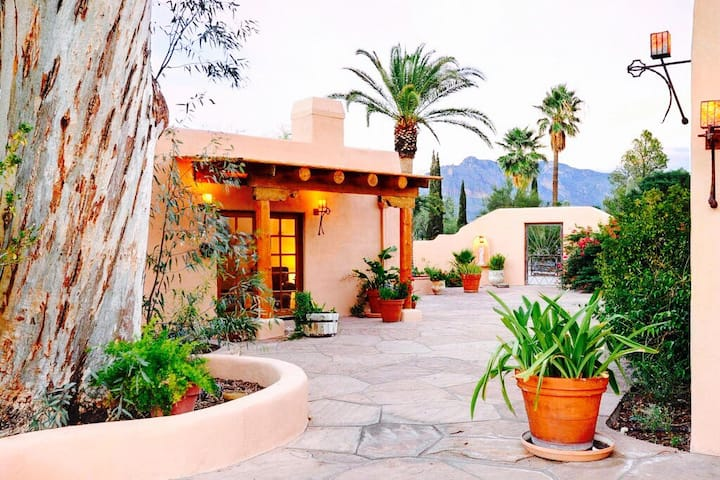 Casita Del Rey Airbnb in Arizona