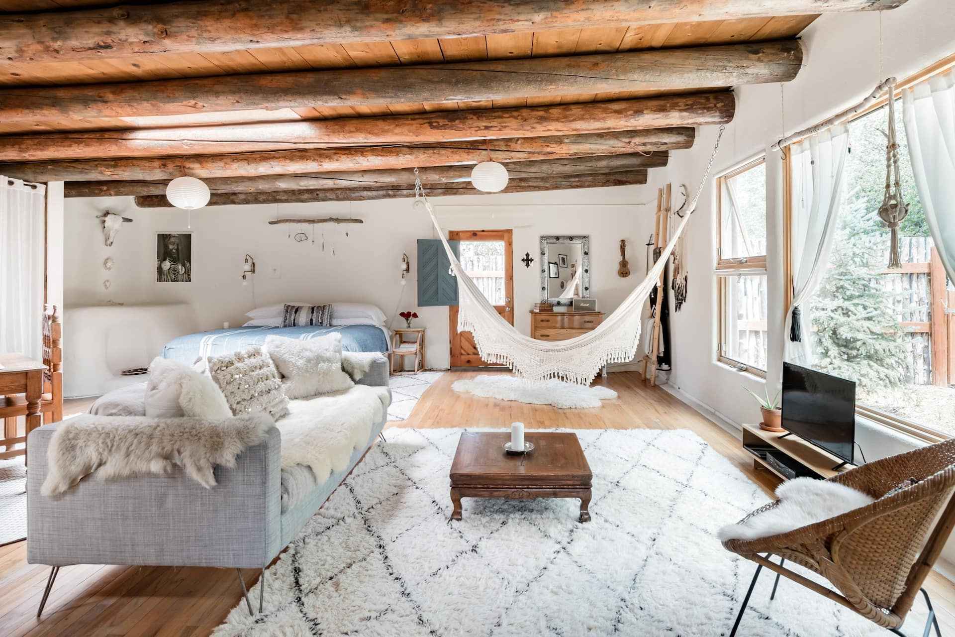 the Casita Benitez boho adobe Airbnb in New Mexico