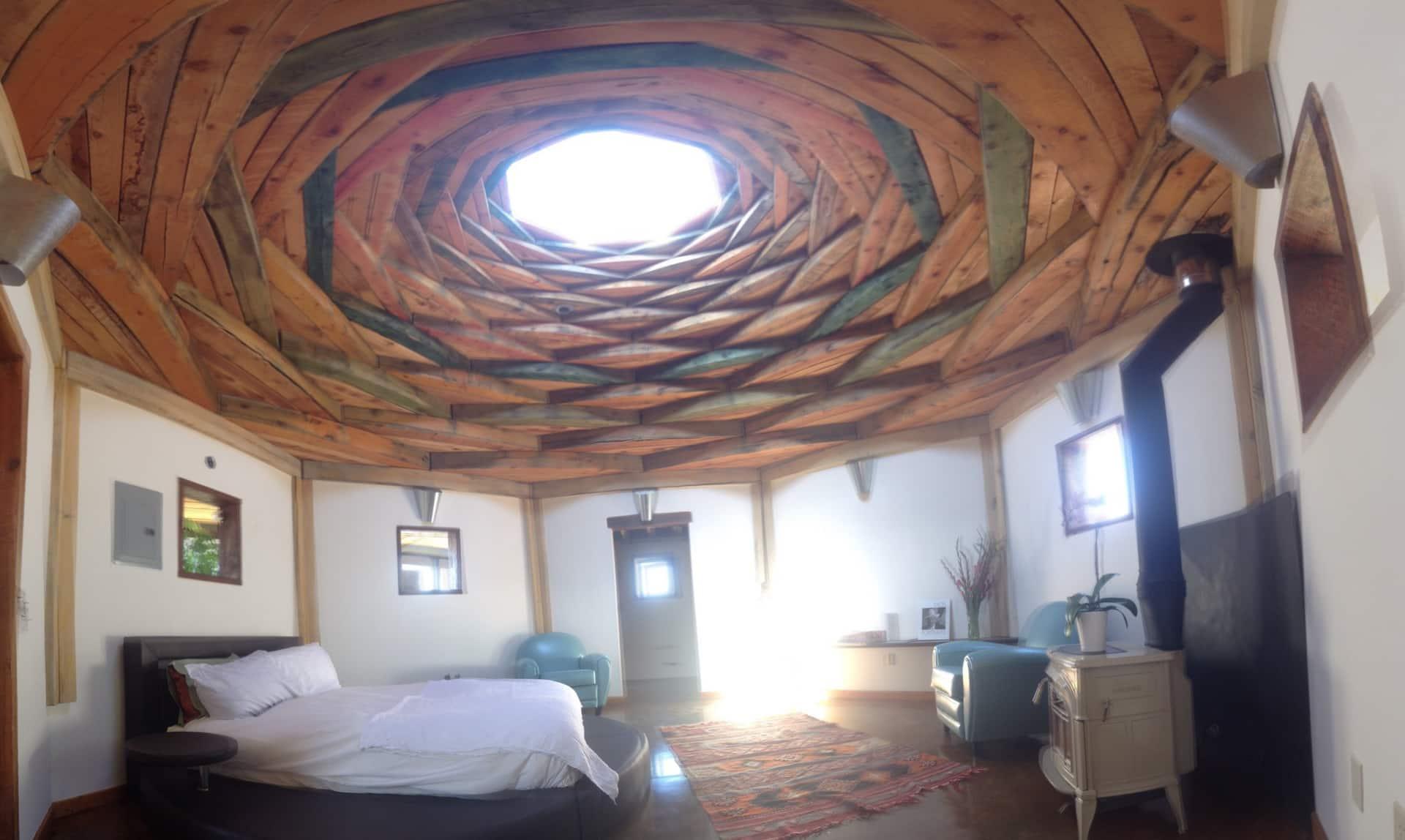 the Auromesa Retreat Hogan Airbnb in New Mexico