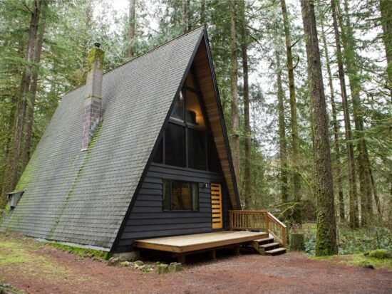 Rancho Relaxo a beautiful mountain A-frame Airbnb in Oregon