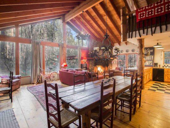 the Windy Rock Lodge Airbnb in Sedona