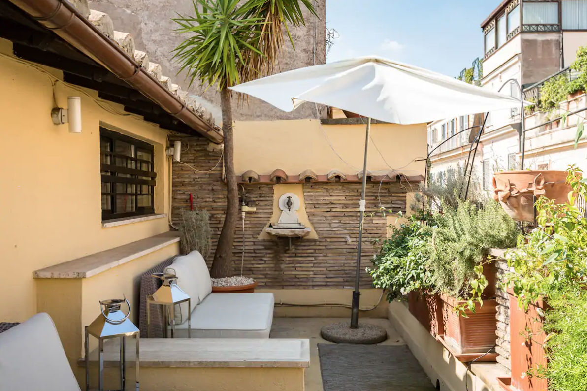 imagine drinking a glass of italian wine from this beautiful terrace!?