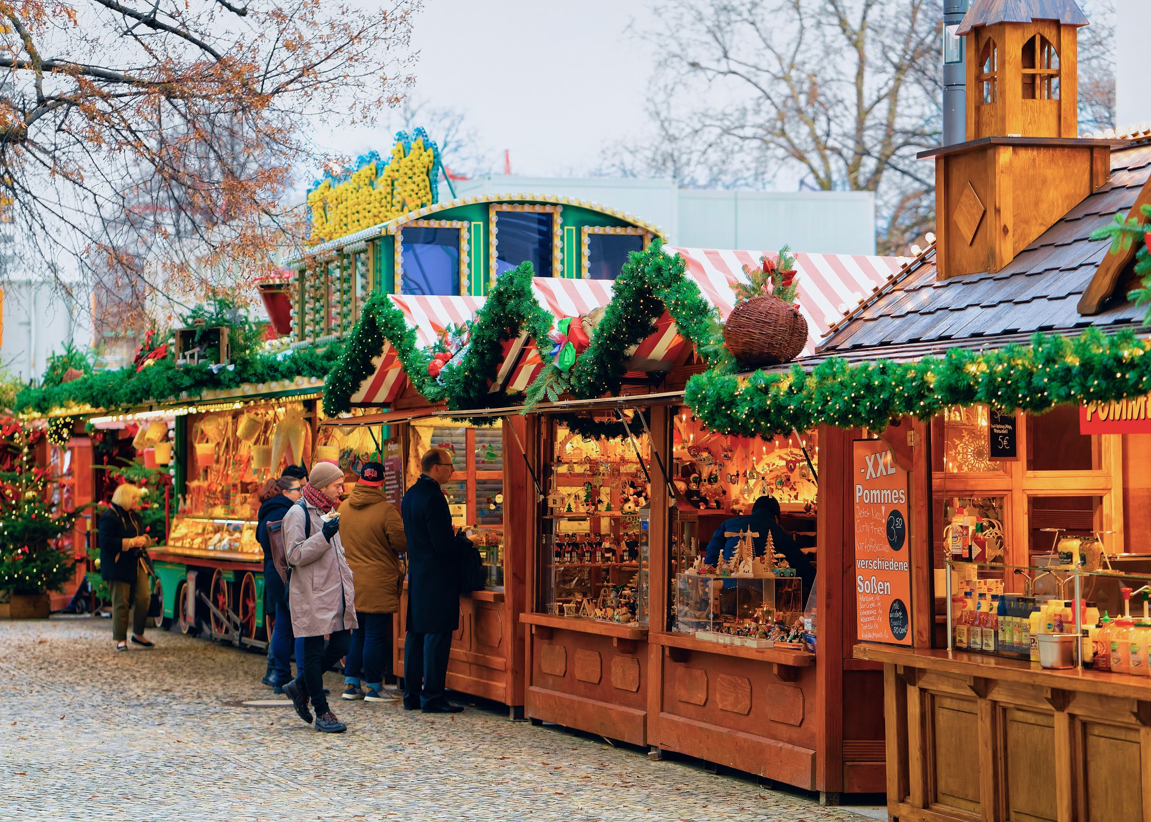Photo of a Christkindl market, one of the most popular Christmas markets in the USA.