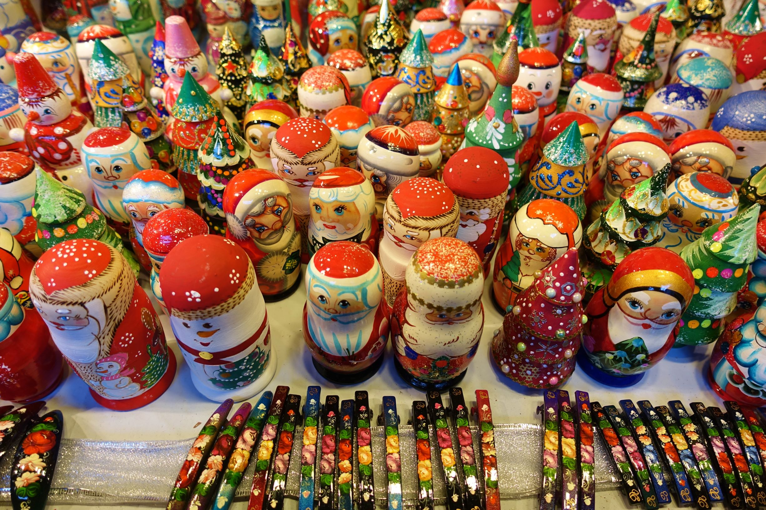 Photo of Russian nesting dolls at a Christmas market.