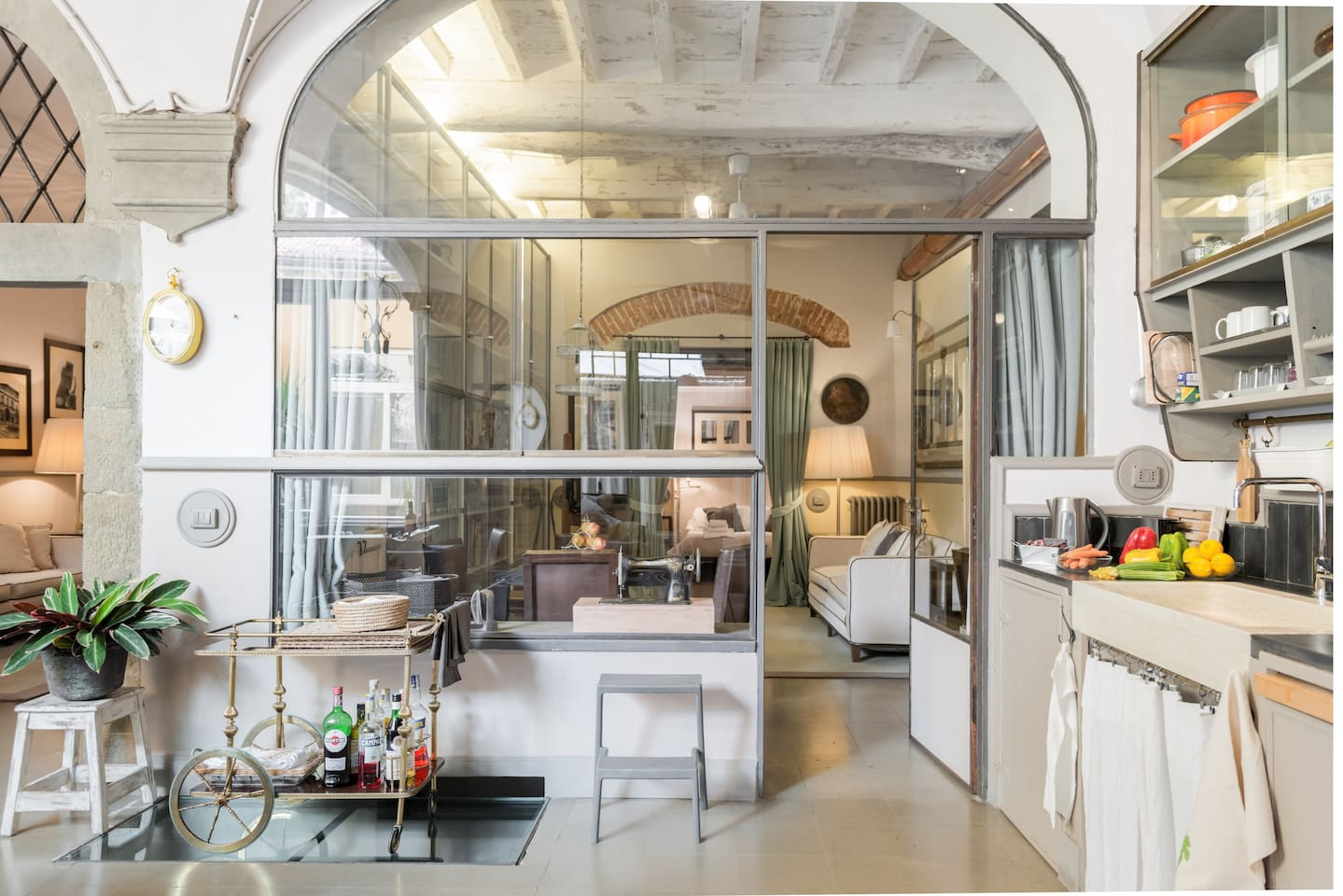 This luxurious industrial-themed Florence airbnb will take your breath away!