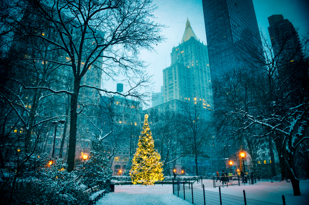 A Christmas scene in New York City
