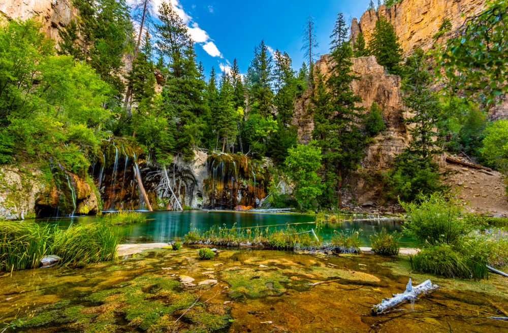 Colorado weekend getaways to Hanging Lake near Glenwood Springs