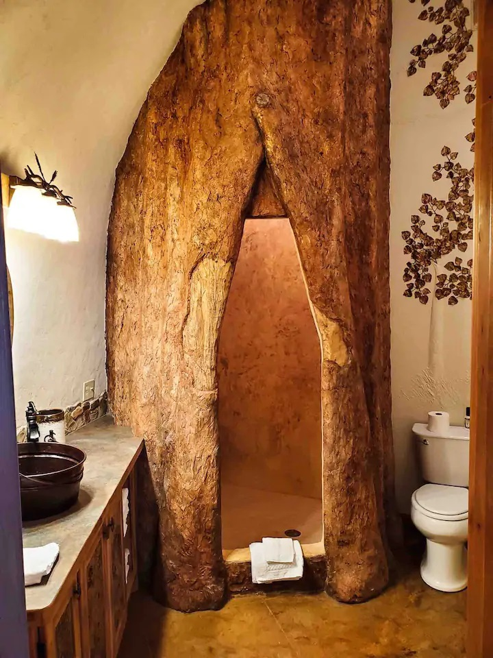 Photo of shower inside Creekside Hideaway Airbnb in Montana.