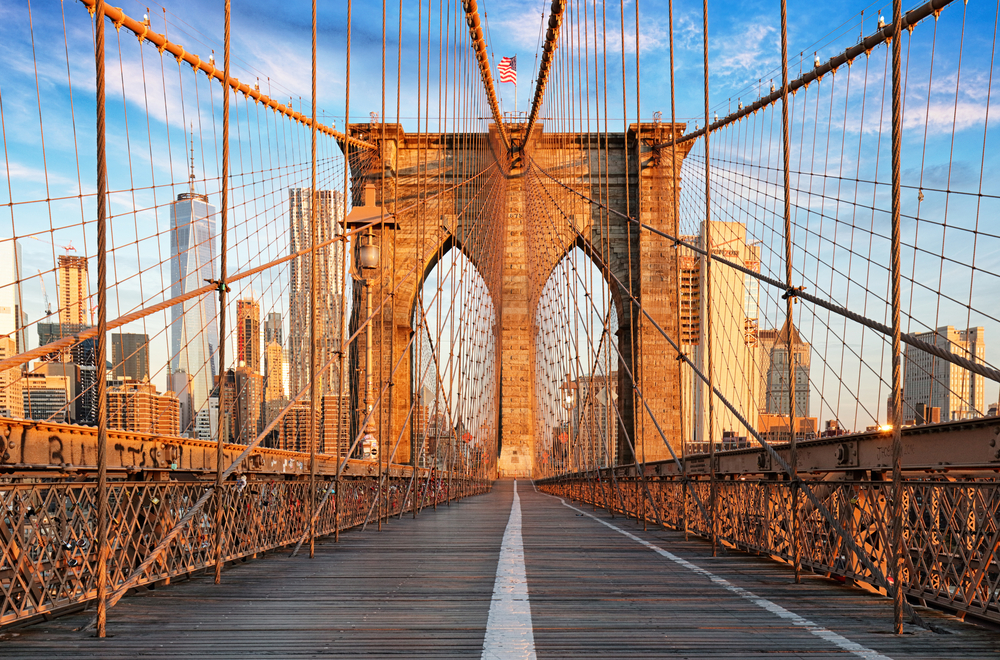 New York on a Budget on Brooklyn Bridge