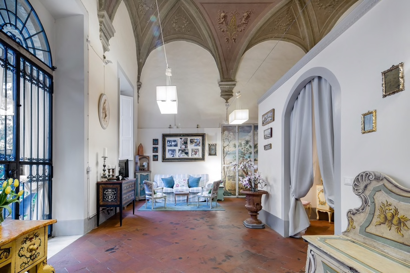 This flat is one of the most unique and luxurious residences in Florence!