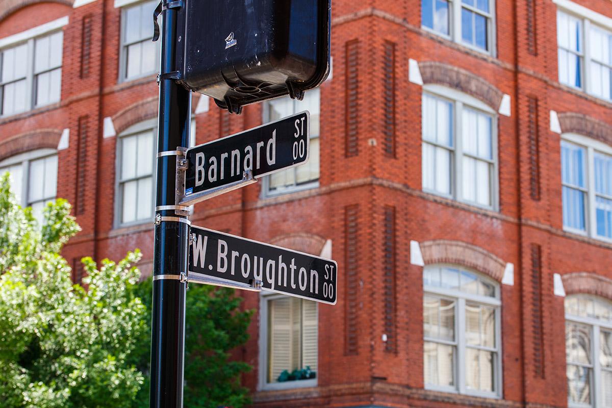 Broughton street sign