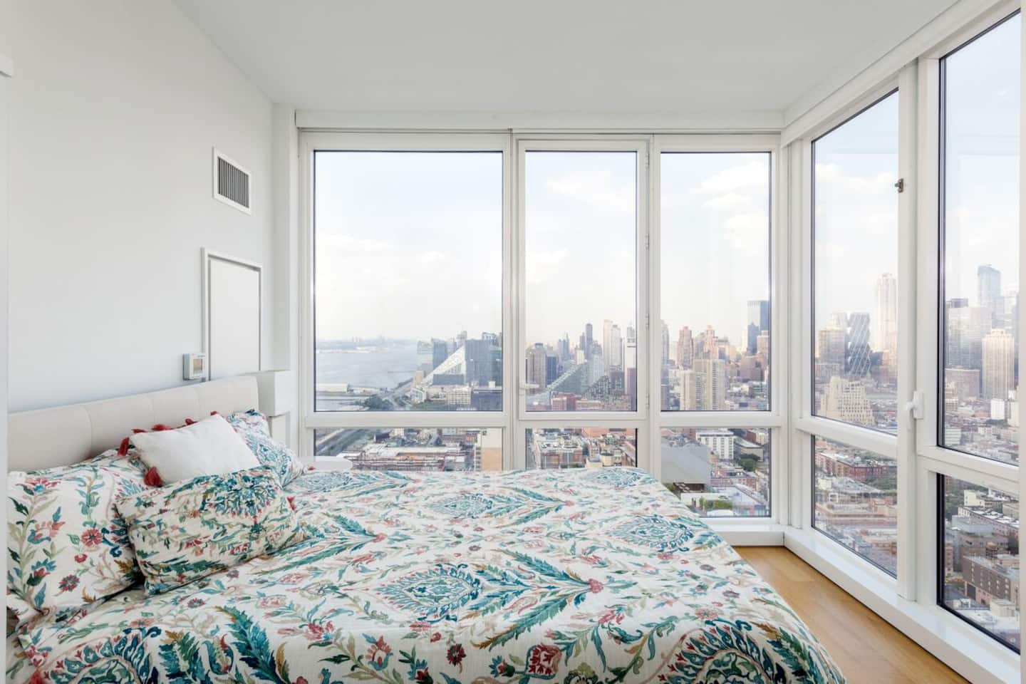 photo of the luxury 360 city views in Manhattan