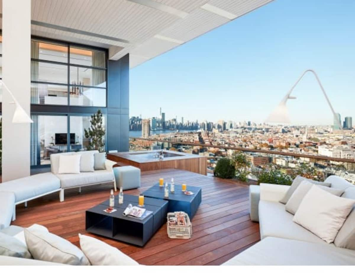 photo of the ultra-lux Williamsburg penthouse