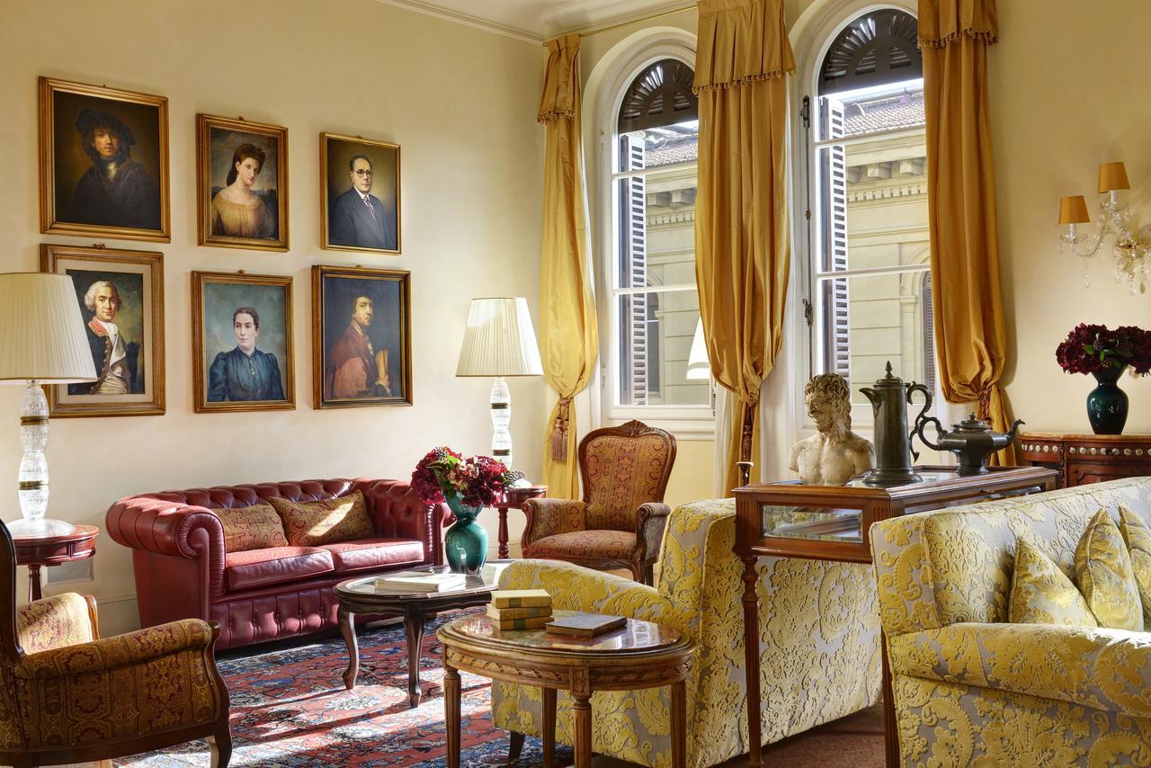 Hotel Pendini looks like an italian stately home!