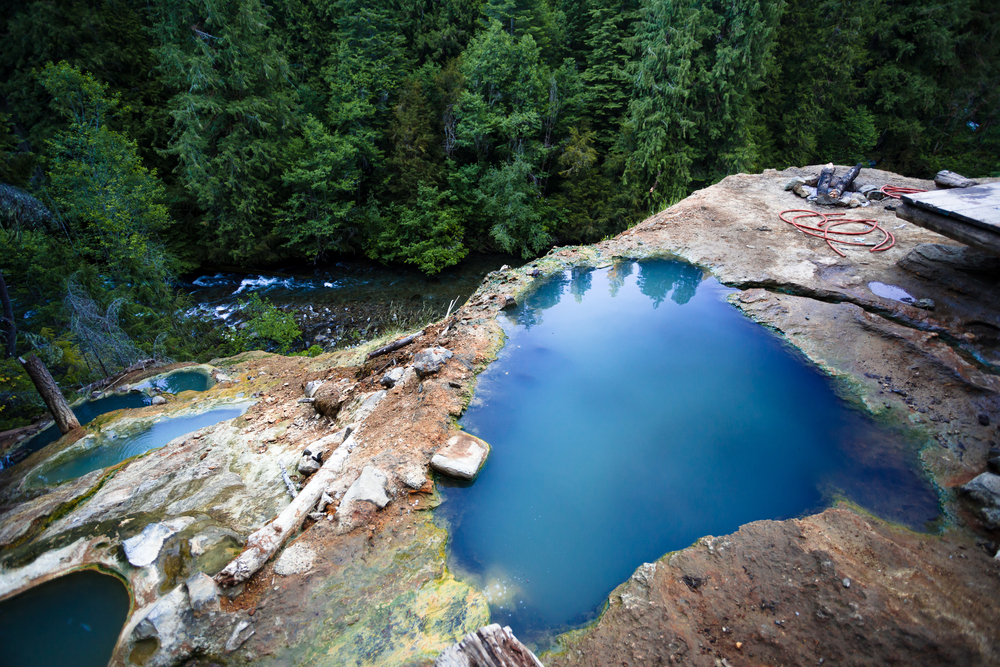 Umpqua Hot springs are located in the middle of the cascades, giving stunning, cliffhanging views!