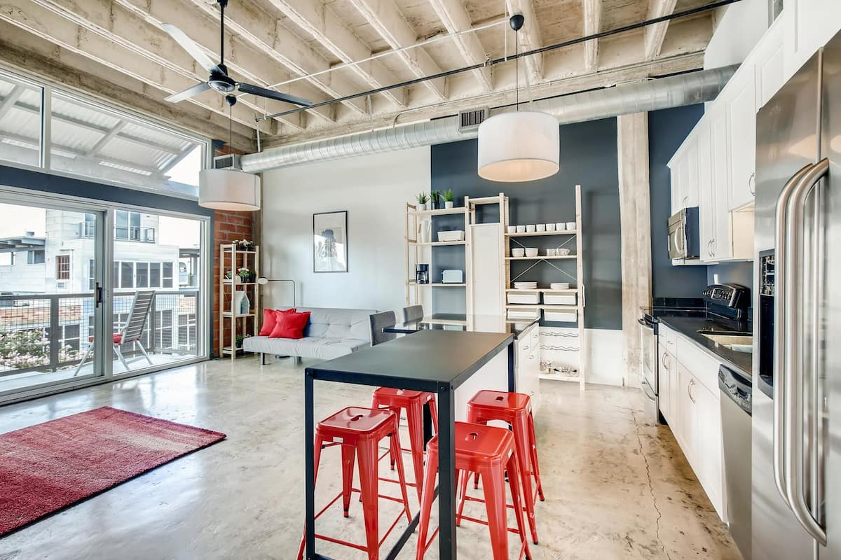 this amazing industrial contemporary Southtown loft is one of your options for San Antonio Airbnbs
