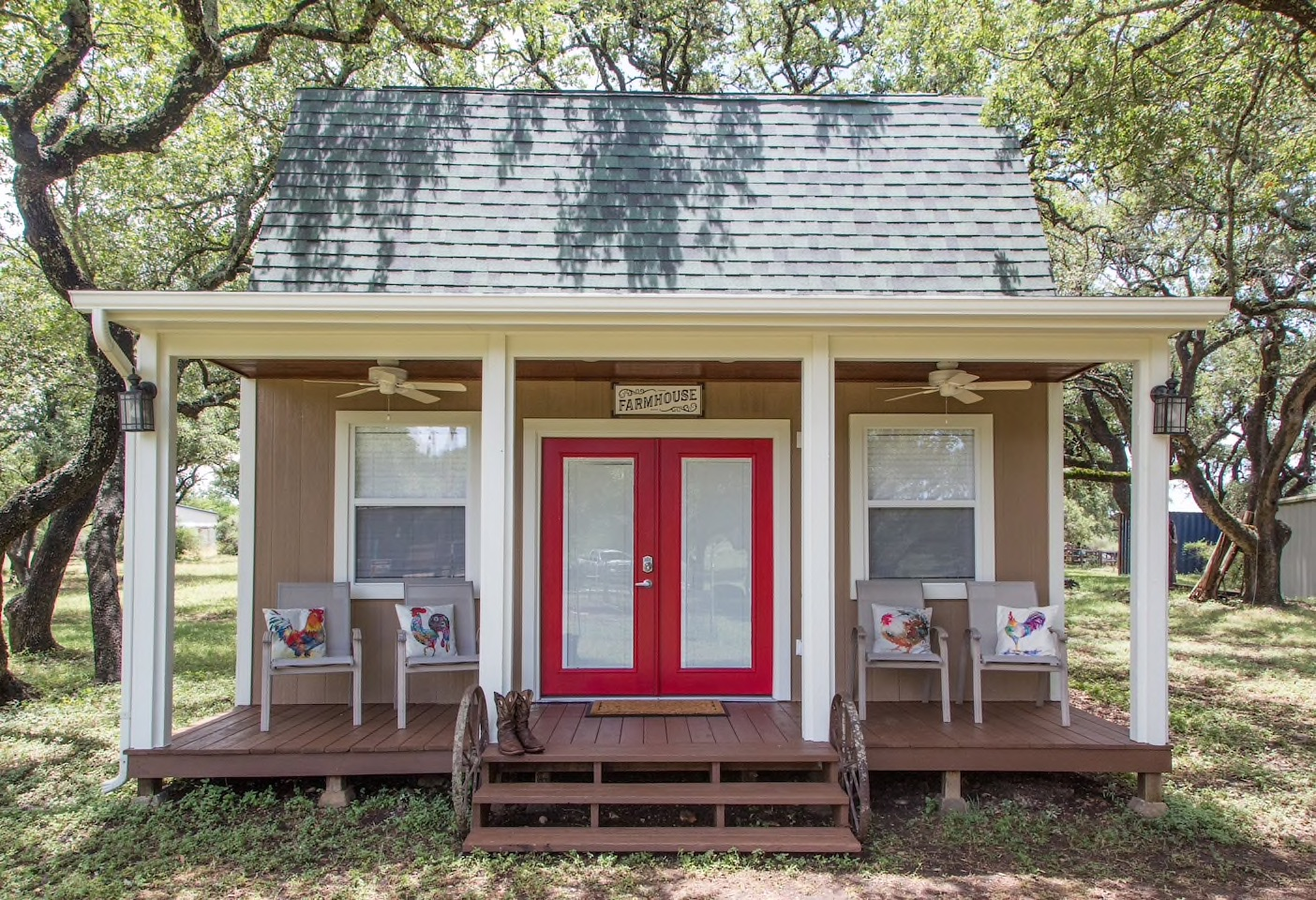 The Tiny Farmhouse is one of your options for San Antonio Airbnbs