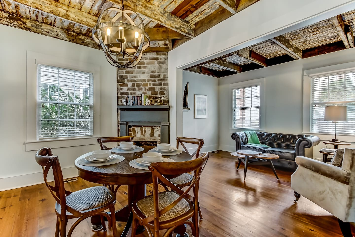 Historic Downtown Home Airbnbs in Savannah