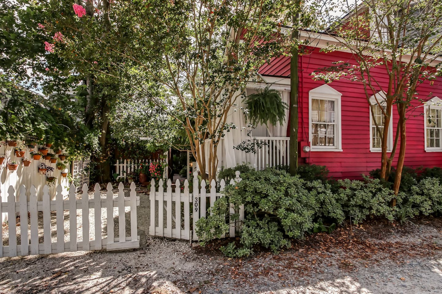 Cute Miss Rose Cottage is one of the best Airbnbs in Savannah
