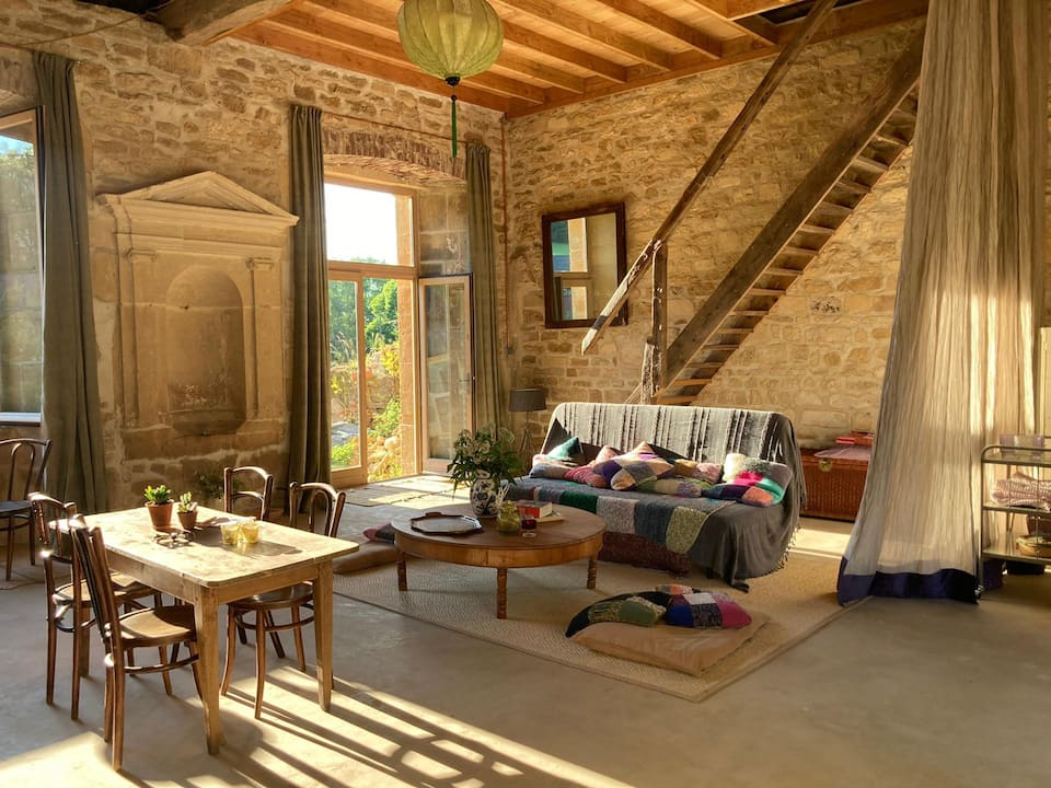 photo of Chapelle bois des dames one of the best airbnbs in France