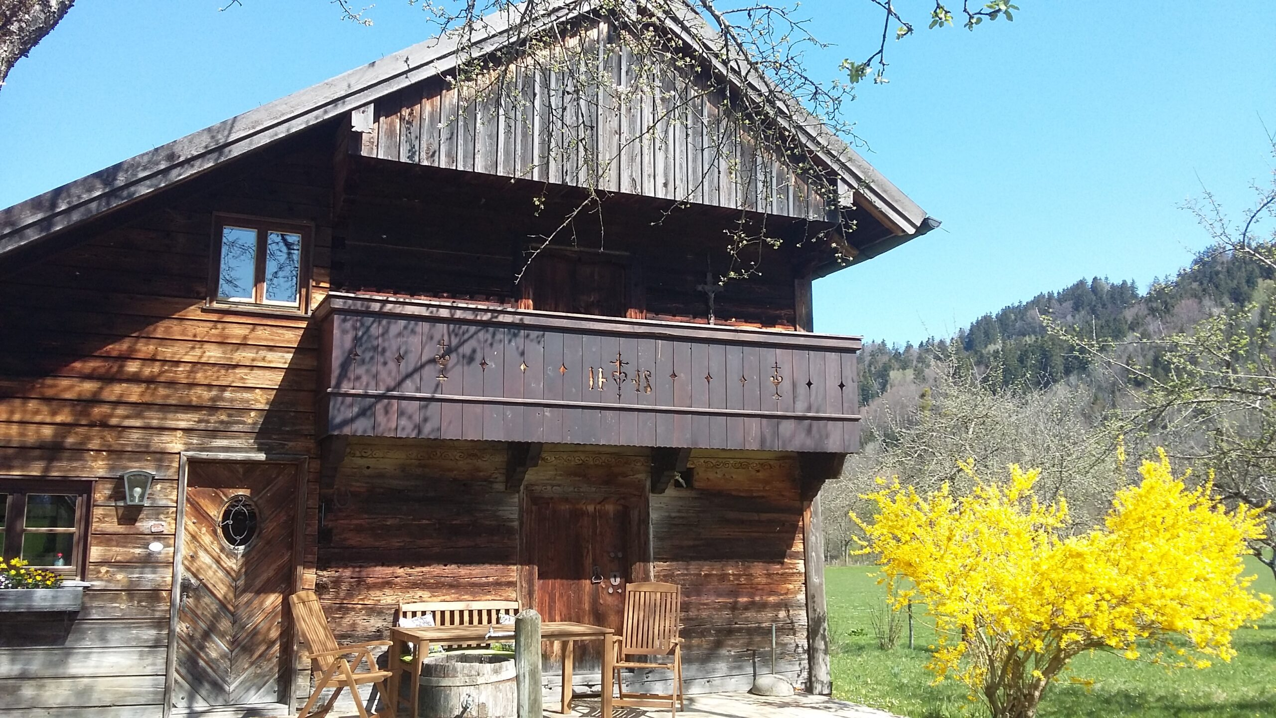 detached wooden house one of the best airbnbs in germany