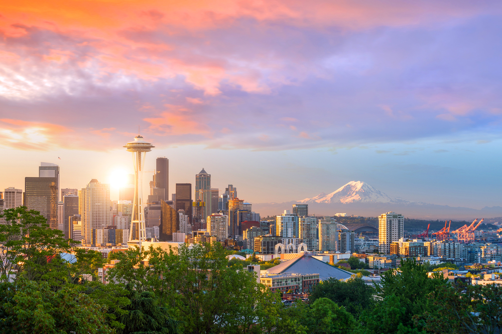 best seattle airbnb skyline of Seattle