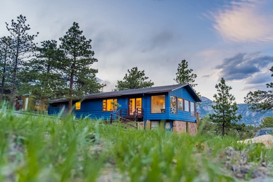 a photo of a hilltop hide away, one of the best Estes Park airbnbs