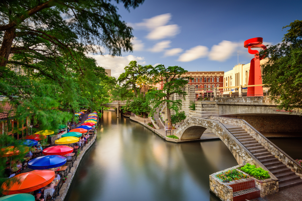 The San Antonio River Walk one of the best honeymoons in the usa