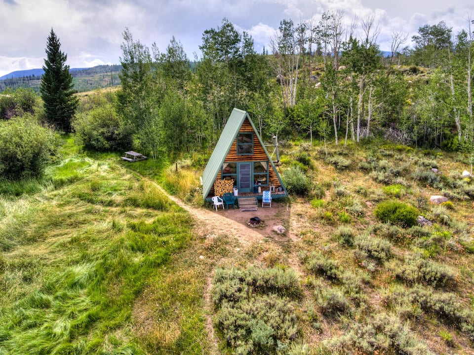 a photo of moose haven cabin, one of the top cabins in the colorado mountains