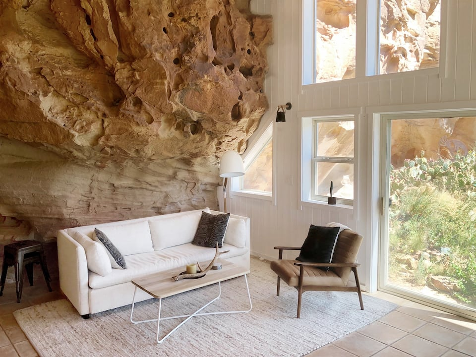 a photo of the sage canyon cliff house, of the most romantic colorado cabins