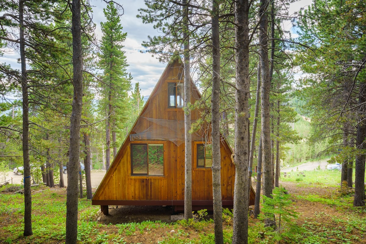 a photo of one of the top cabins in Colorado